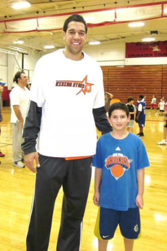 ny-knicks-landry-fields-rising-stars-knicks-clinic